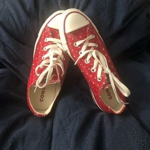 Free gift 🎁 with purchase Red Converse Allstar